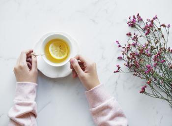 Lemon tea and flowers